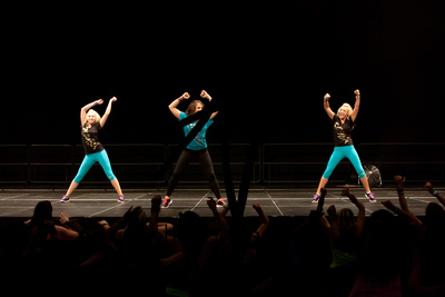 Alex Valente Photography: You Should Be Dancing Concert  YSBD 2012-416